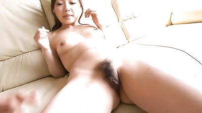 Aiko hirosi shaves her hairy..