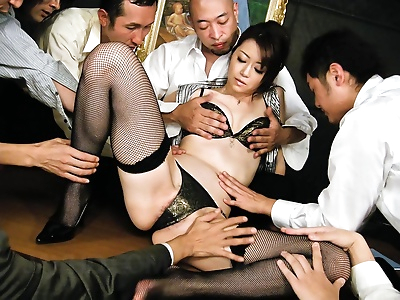 Kinky maki hojo takes on a..