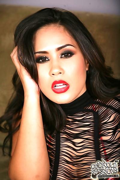 Busty Asian Jessica Bangkok..