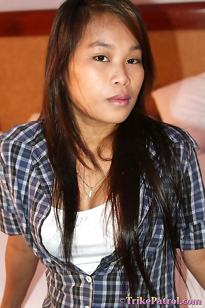 Sweet young Filipina takes..