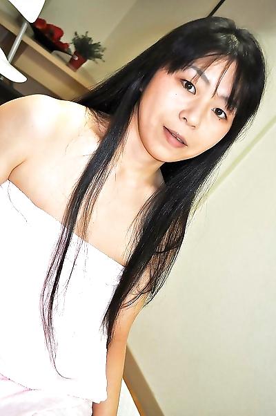 Naughty asian MILF Yasuko..