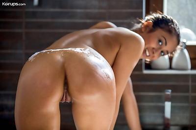Asian amateur Darcia Lee..