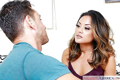 Sexy Asian MILF wife Kaylani..