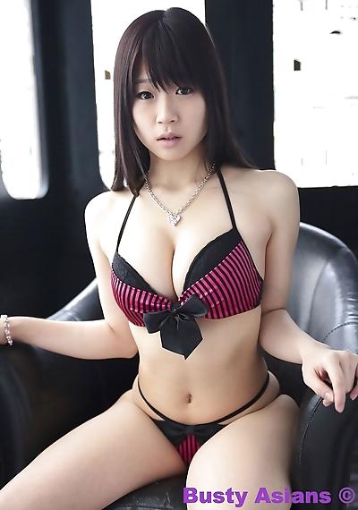 كبير الثدي اليابانية نموذج Miduki موموكو ارتداء الحسية الملابس الداخلية جزء 4426