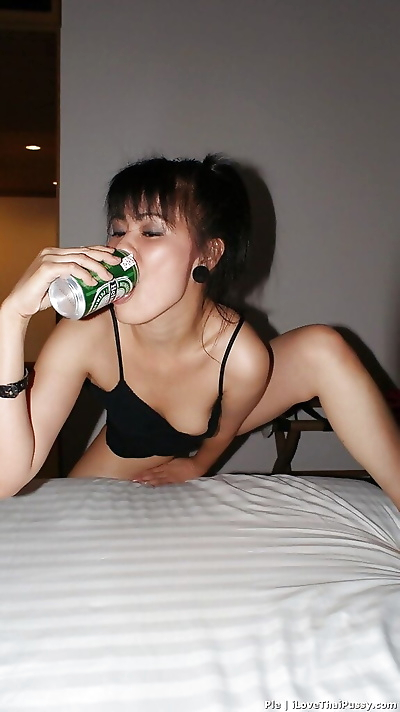 Amateur Asian whore Ple sure craves for some naughty moments in solo